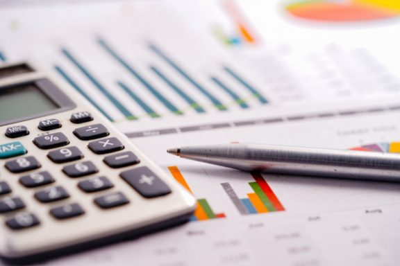 НКРЕКП планує переглянути тарифи на розподіл електроенергії